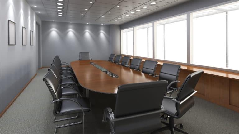 Wysprzątane biuro sala konferencyjna